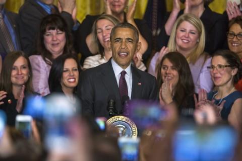 """Obama defiende la escuela como """"refugio"""" para los jóvenes de todos orígenes"""