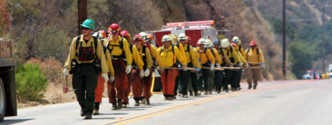Southern California wildfire 40 pct. controlled