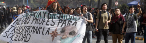Chile students stage new protests against proposed education overhaul