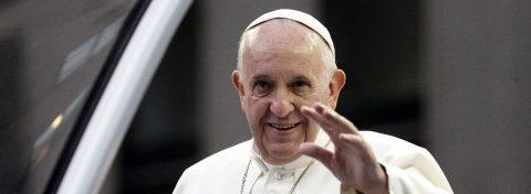 El Papa Francisco expresa su afecto a México tras el paso del huracán Earl
