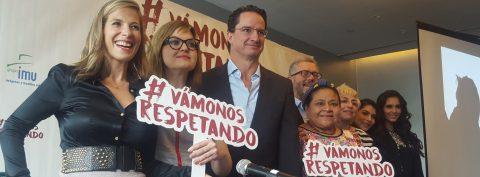 Lanzan en México una campaña contra la violencia de género con el respaldo de Menchú