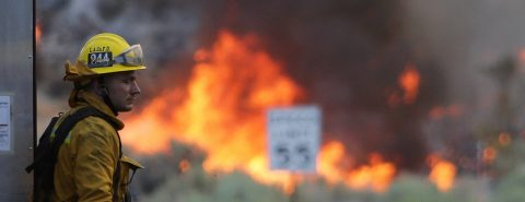 """Crews unable to contain """"Blue Cut"""" wildfire in Southern California"""