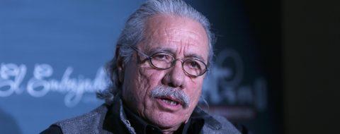 Alcalde de Los Ángeles y Edward James Olmos instan a latinos a salir a votar