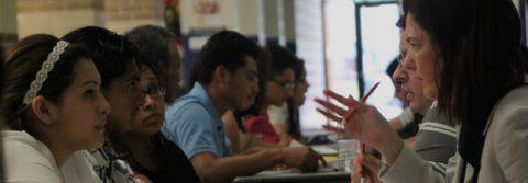 Desconocimiento y temor laboral, trabas de latinos para ayudas de cuidados