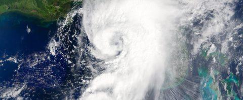 Hermine se debilita en el sureste de EEUU, pero preocupan las inundaciones