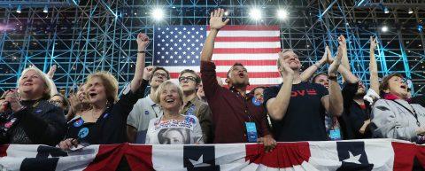 Clinton cumple los pronósticos y se impone a Trump en su casa de Nueva York