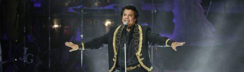 """Juan Gabriel se lleva el premio al mejor álbum del año por """"Los Dúo 2"""""""