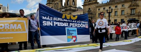 Colombian Congress endorses peace agreement with FARC by absolute majority