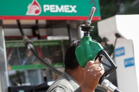Inversión millonaria y reducción de 11% de carga fiscal para reflotar a Pemex
