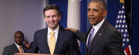Obama interrupts spokesman's last press briefing to thank him