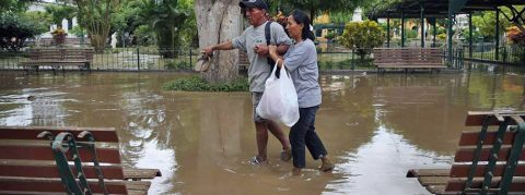 Peru government rescuing thousands of flood victims