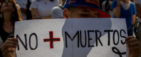 Venezuelan artists pay tribute to protest victims, call for elections