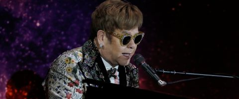 Elton John announces final world tour, which will last for 3 years