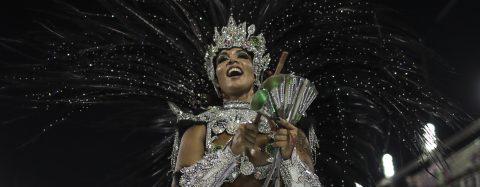 Rio de Janeiro's carnival kicks off with homage to China