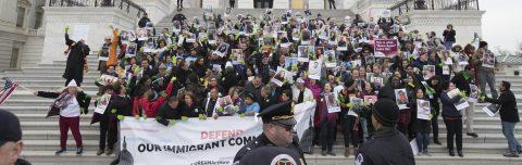Senado de Estados Unidos rechaza todas las propuestas migratorias tras amenaza de Trump