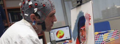 Estimular el cerebro reduce riesgo de padecer enfermedades como Alzheimer