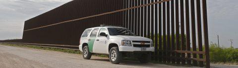 Border Patrol agents monitor US-Mexico border, unperturbed by Trump visit