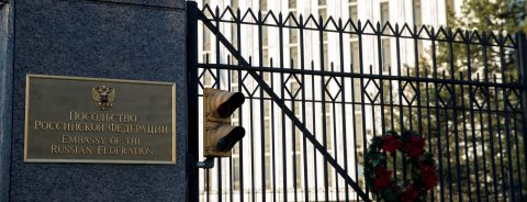 US expels 60 Russian diplomats over ex-spy's poisoning in UK