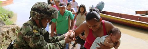 Colombian town risks being wiped out by dam failure