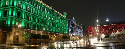 Ciudad de México ilumina sus monumentos emblemáticos para celebrar sede 2026