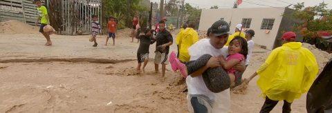 Tormenta tropical Bud impacta zona turística del noroeste de México