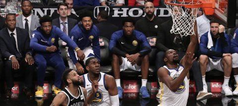 114-120. Curry y Durant dirigen la victoria de los Warriors