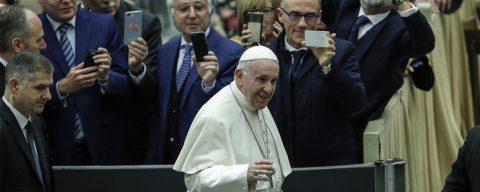 El Papa saluda a los latinoamericanos y en especial a los mexicanos por la fiesta de Guadalupe