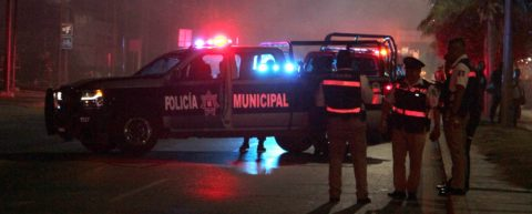 Gunmen attack, torch luxury car rental business in Mexican resort city