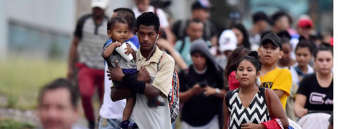 Hundreds of Honduran migrants form new US-bound caravan