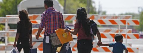 Juez da 6 meses para identificación de menores separados en la frontera
