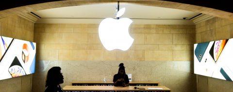 El Supremo permite que consumidores demanden a Apple por monopolio