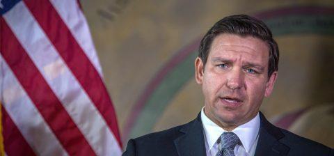 El gobernador y alcaldes rechazan el plan de envío de indocumentados a Florida