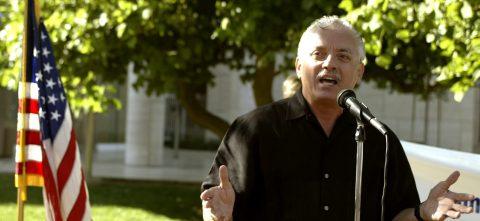 Lamentan la muerte del activista Nativo López en California