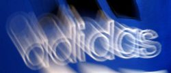 Nike y Adidas piden a Trump que no imponga aranceles al calzado de China