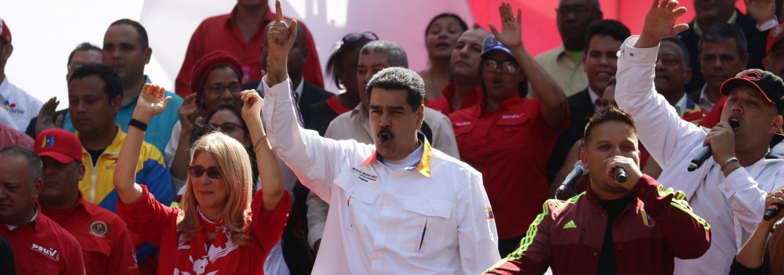 Venezuela's Maduro calls 1st round of talks with opposition positive