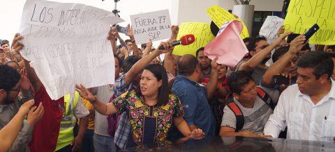 Migrantes exigen al presidente de México atender sus solicitudes de asilo