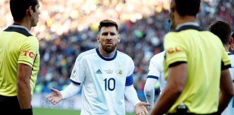 2-1. Argentina vence la provocación y logra el bronce con Messi expulsado