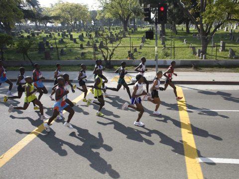 Se suicida corredor latino descalificado de la maratón de Los Ángeles