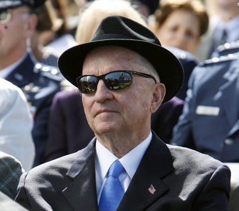 Fallece el excéntrico multimillonario Ross Perot a los 89 años
