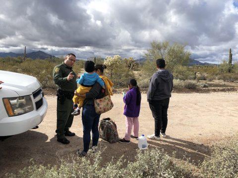 "Netflix estrenará la serie documental ""Living Undocumented"" de Selena Gómez"