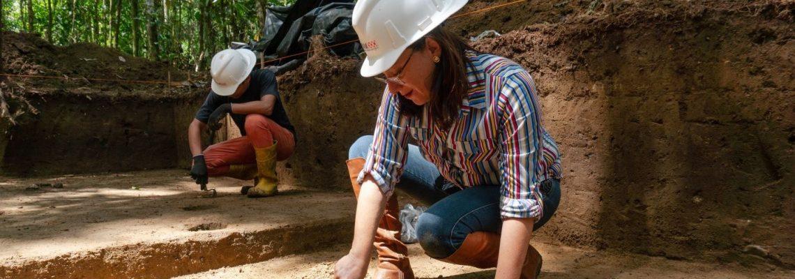 Científicas ecuatorianas reclaman reconocimiento