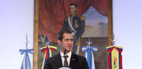 Confirman el desvío de fondos asignados a Centroamérica para Juan Guaidó