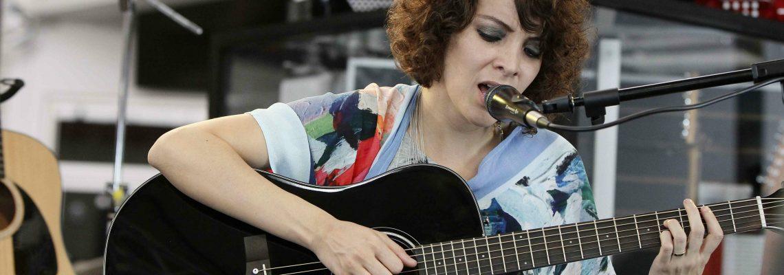 Gaby Moreno canta a los migrantes centroamericanos
