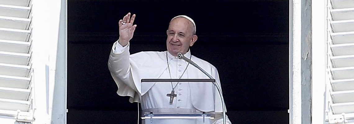 El Papa pide que la gesta de la Luna anime a progresar en el planeta Tierra