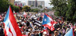 Manifestantes y artistas vuelven a manifestarse