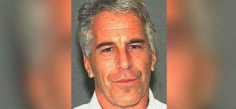 Juez de EE.UU. mantiene a Epstein en prisión sin fianza