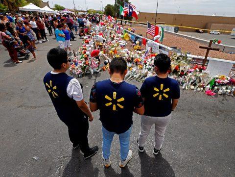 Sospechoso de matanza en El Paso bajo vigilancia para prevenir suicidio