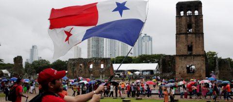 Ciudad de Panamá celebra su 500 cumpleaños con tarta para 4.500 personas