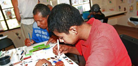 Tribunal ratifica el derecho de menores migrantes a limpieza y seguridad