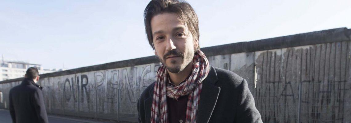 Más de 200 artistas y líderes firman carta contra ataques hacia los latinos